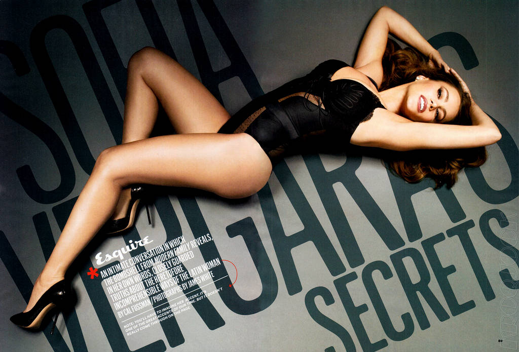 Sofia-Vergara-Esquire-Magazine-4